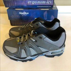 Nautilus Shoes - Nautilus Womens Wide Work Safety Shoes Steel Toe